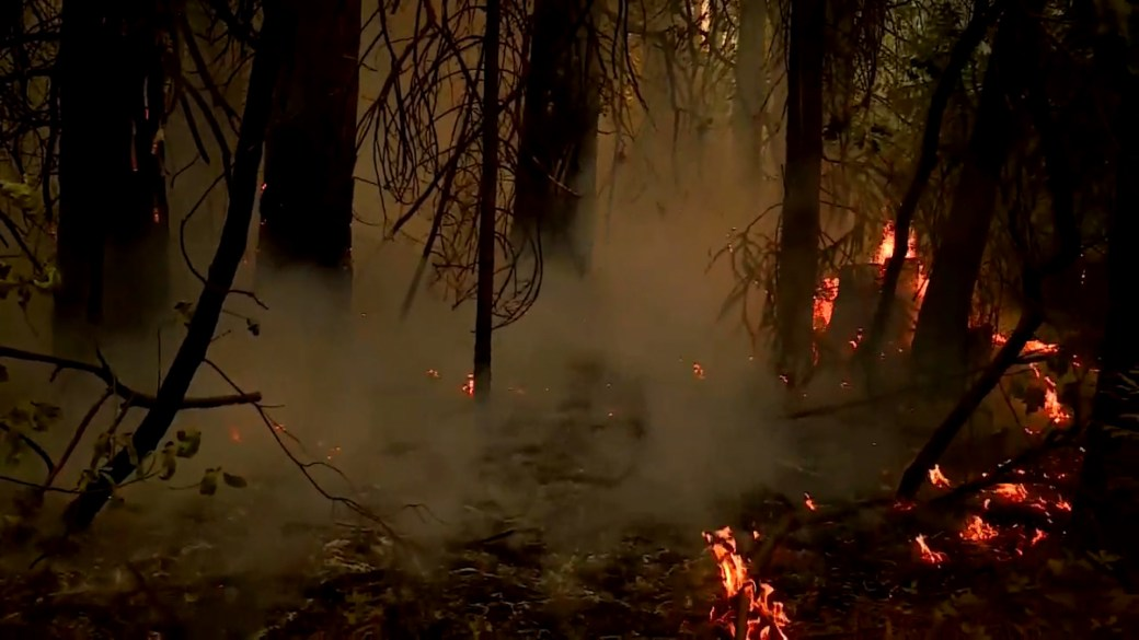 Click to play video: 'California wildfires: Firefighters working to contain multiple growing conflagrations'