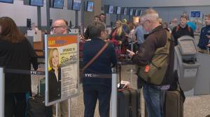 Canadian air travellers angry at federal government for not ordering refunds