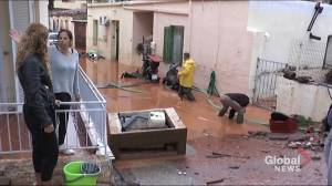 Greece's Crete island faces chaos following heavy floods (05:27)