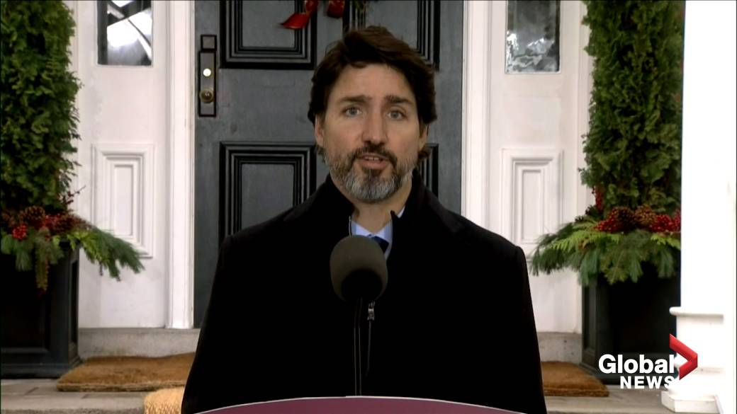 Click to play video 'Coronavirus: Trudeau says a normal Christmas is 'quite frankly right out of the question''