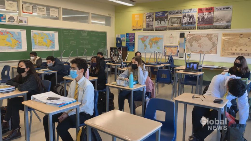 Click to play video 'New Montreal study claims schools major Covid-19 vector'