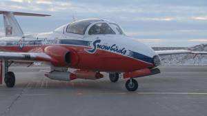 Snowbirds to go on cross-country COVID-19 tour