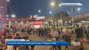Video appears to show crowded scene in Niagara Falls, Ont.