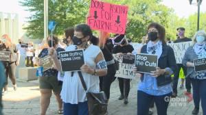 New Brunswick nurses rally over nursing crisis (01:42)