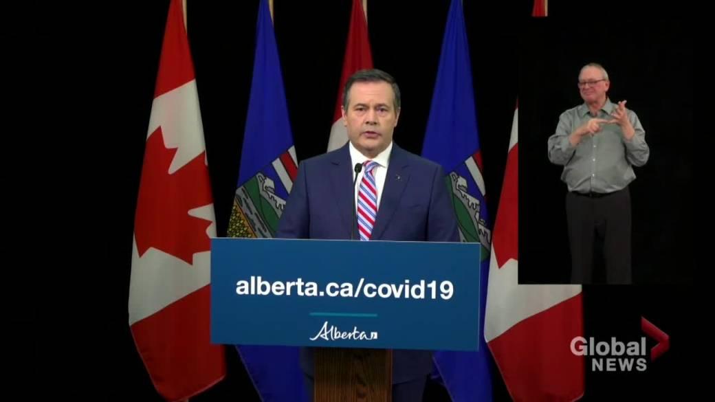 Cliquez pour voir la vidéo: `` Le premier ministre de l'Alberta s'engage à donner bientôt une orientation sur le Stampede de Calgary ''