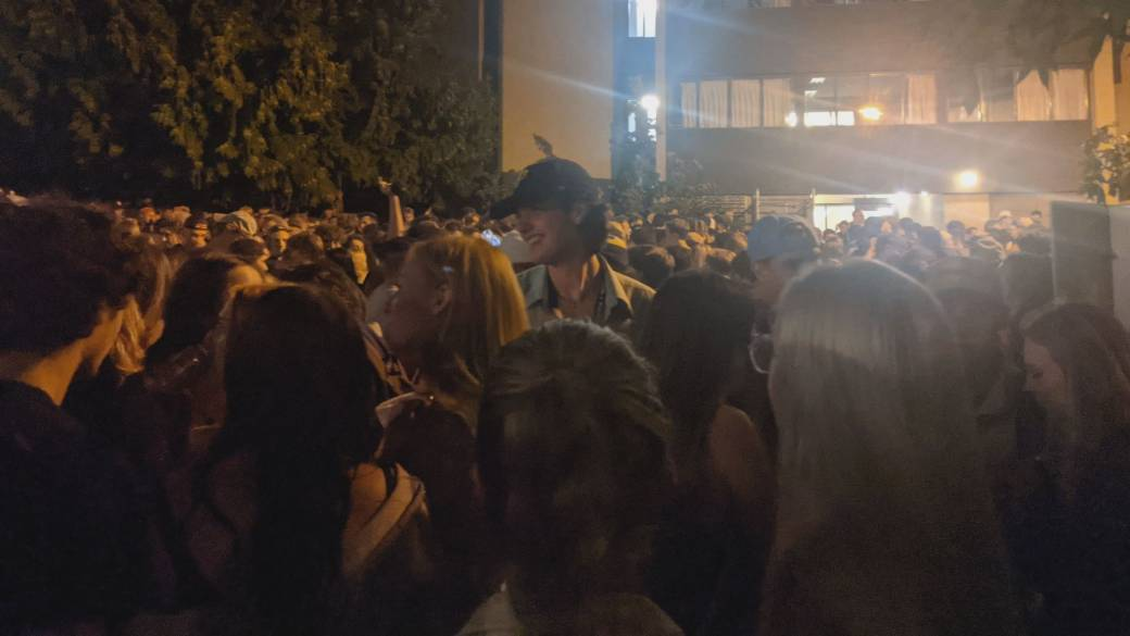 Click to play video: 'Uvic campus party raises questions about COVID-19 safety'