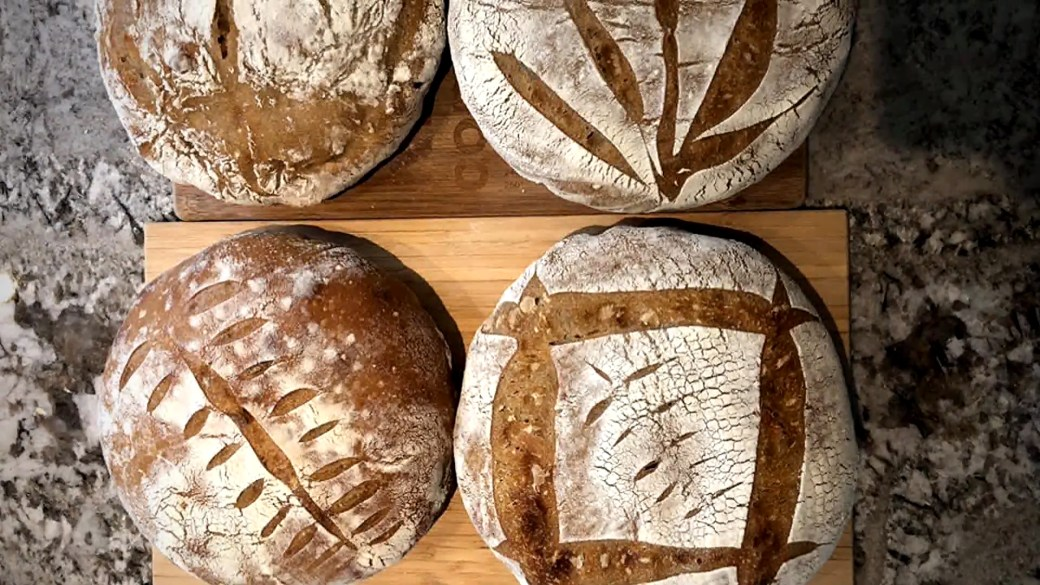 Click to play video 'Coronavirus outbreak: The bread making and baking boom while in quarantine'
