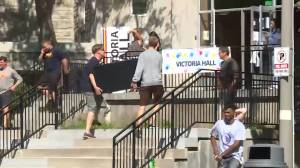 'I've waited all summer for this': First year Queen's students move-in