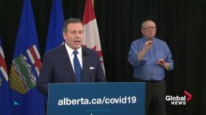 Legal experts question Premier Jason Kenney's Charter of Rights and Freedoms assertion (02:05)