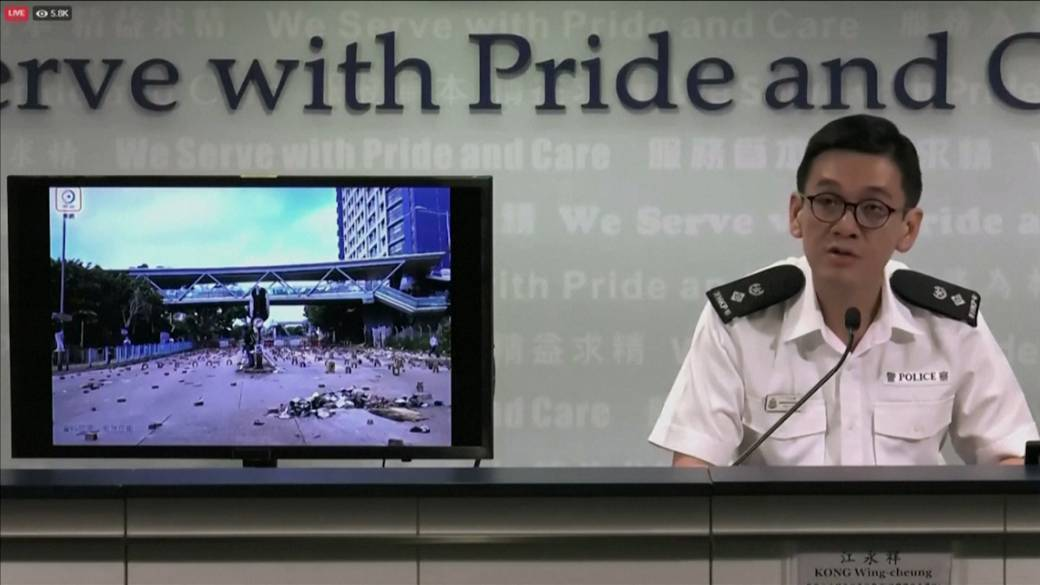 University students flee Hong Kong as violent protests escalate