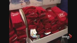 2010 Memories: Red mittens become surprise hit of Vancouver Winter Olympics