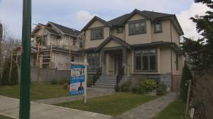 New mortgage stress test designed to cool home market (01:51)