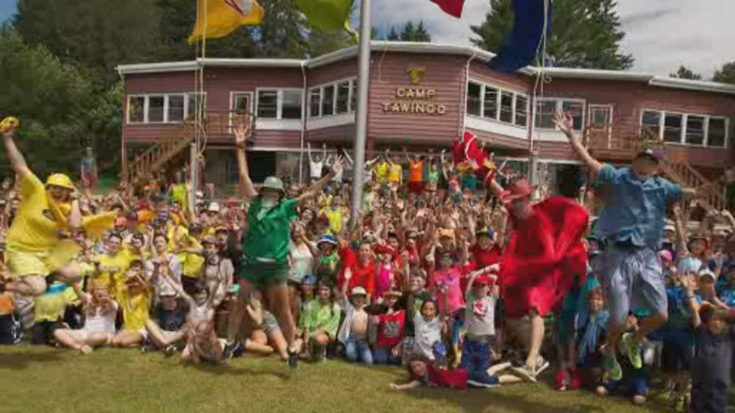 Click to play video: 'COVID-19 third wave casts doubt over Canada's summer camps'