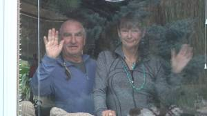 B.C. couple forced to quarantine after being turned away from U.S. (01:49)