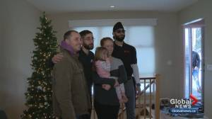 Calgarians support displaced Bankview fire victims