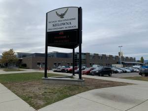 Coronavirus: Okanagan residents react to petition calling for school closures (02:02)