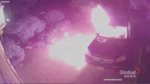 Police searching for suspects after video shows car set on fire in Markham