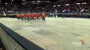 Thousands mark Remembrance Day in dual Regina ceremonies