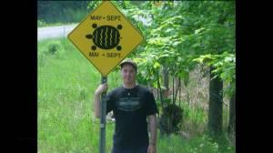 Turtle conservationist Matt Ellerbeck visits Global News Morning