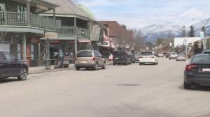Jasper mayor reminding people not to visit during long weekend
