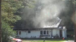 Fire destroys Apsley-area home (00:53)