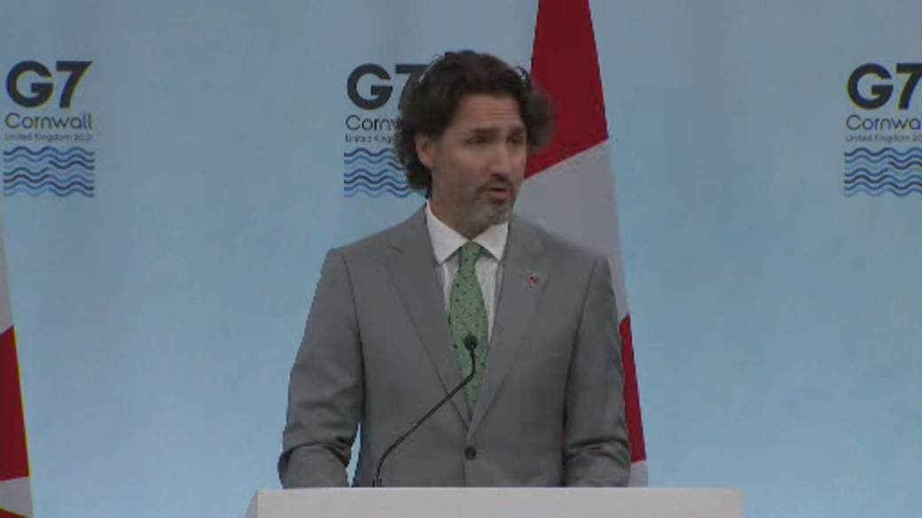 Click to play video: 'Canada to donate 100M COVID-19 vaccines to world, Trudeau says'