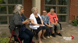 COVID-19: Residents at seniors' home in Montreal want health restrictions loosened (01:48)