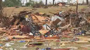 Deadly storms hit southern and mid-western U.S.