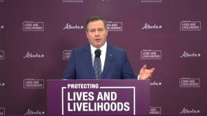 Kenney says government was 'very transparent' about COVID-19 at High River Cargill plant (02:30)