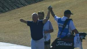 Canadian golfer with one arm makes shot of the day with hole-in-one at PGA Tour event