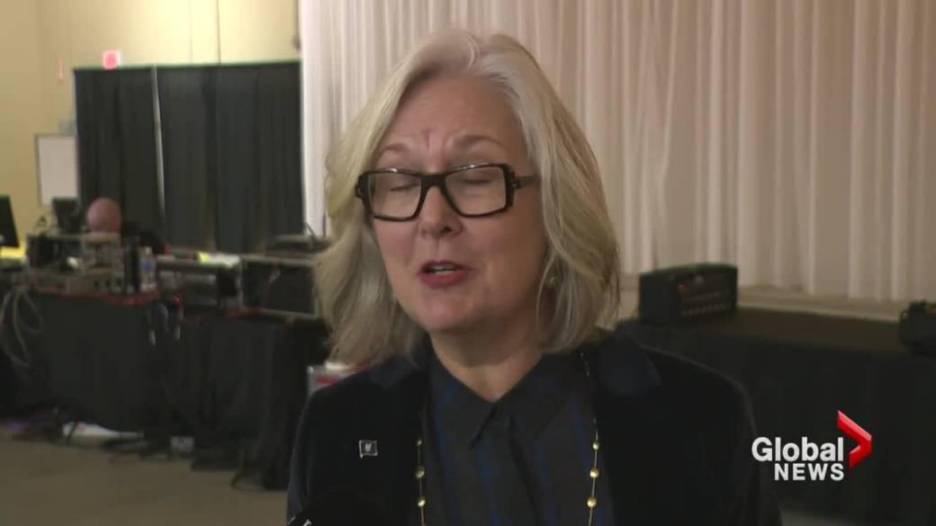 Alberta's 'Fair Deal Panel' stops in Lethbridge for town hall meeting