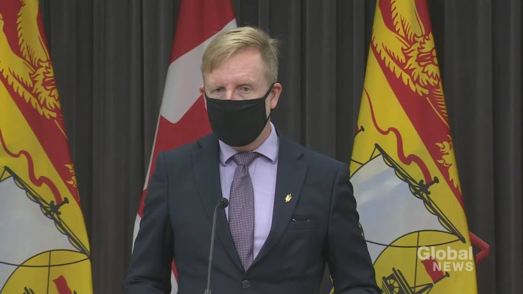 Click to play video 'N.B. education minister urging parents to send their kids to school amid active COVID-19 case count'