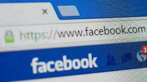 Facebook's faceplant: Social giant goes offline amid whistleblower's damning claims (02:09)