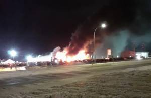 Edson Chrysler Dodge Jeep dealership fire and vehicle fire on same day may be related: RCMP