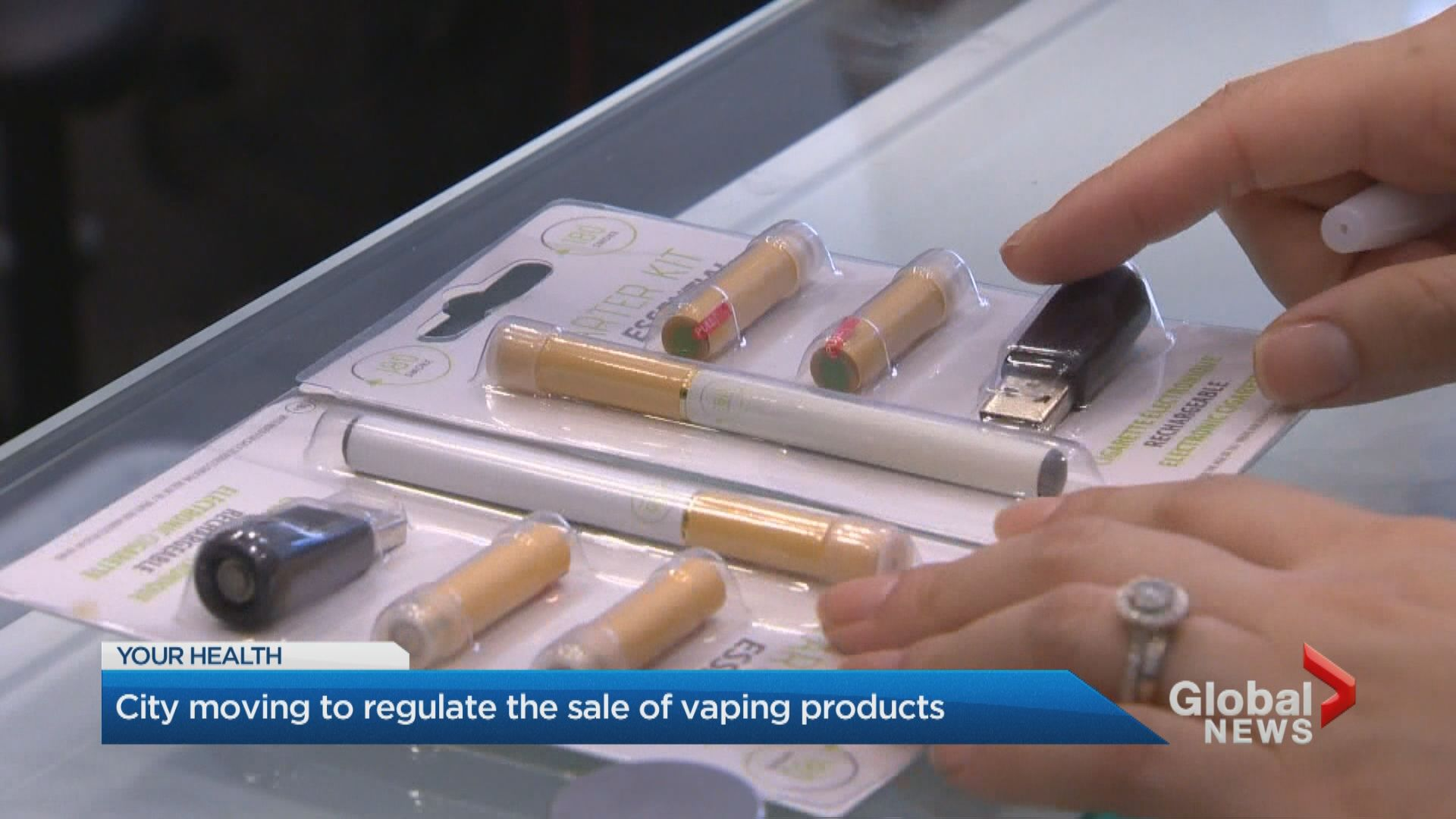 Vaping retailers may soon require licenses to sell in Toronto