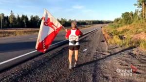 Montreal marathoner pays tribute to Terry Fox (02:18)