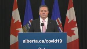 COVID-19: Kenney says discussions over field tents are 'a sign of responsible planning on our part' (01:42)