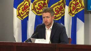 COVID-19: N.S. announces 1 death, lowest number of new cases since April (03:08)