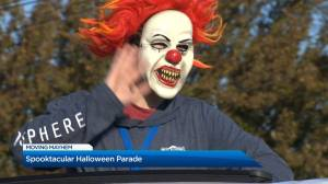 Spooktacular Halloween parade brings tricks and treats across Kelowna (01:28)