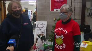 Peterborough residents still shopping local this holiday season (02:08)