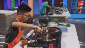 Kid-friendly cooking on 'Junior Chef Showdown' (02:17)