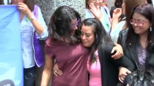 El Salvador court acquits Evelyn Hernadez of homicide over stillborn baby