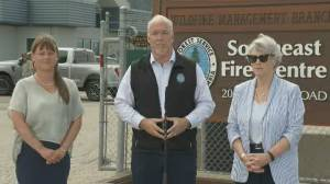 B.C. wildfire: State of emergency now in effect as thousands evacuate (02:40)