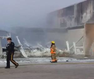 2 businesses destroyed in Boxing Day fire in Whitecourt