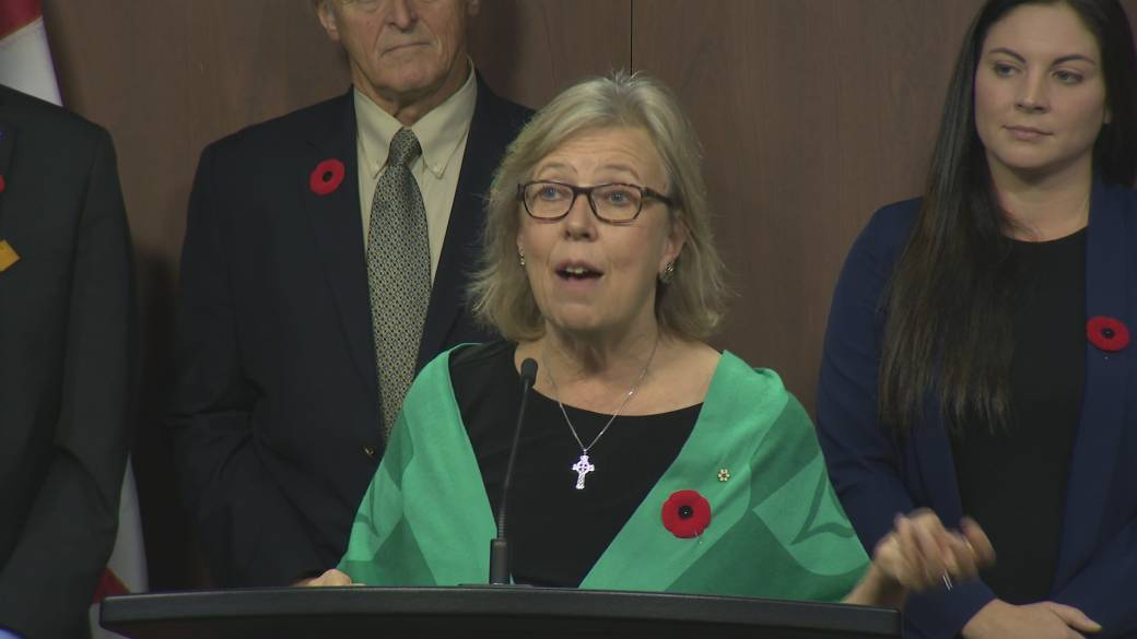 Trudeau to wrap up meetings with opposition leaders with Elizabeth May
