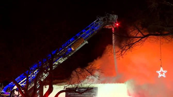 Click to play video: Massive fire breaks out at Provencher Boulevard auto shop