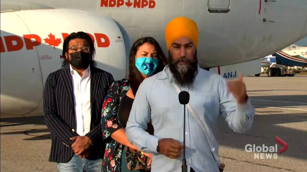 Click to play video: 'COVID-19: Singh says hospitals 'not a place to protest' as demonstrations block access to health care'
