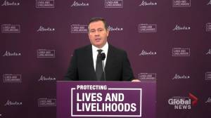 Kenney blames COVID-19 cases in Alberta schools on students social interactions outside school (02:40)