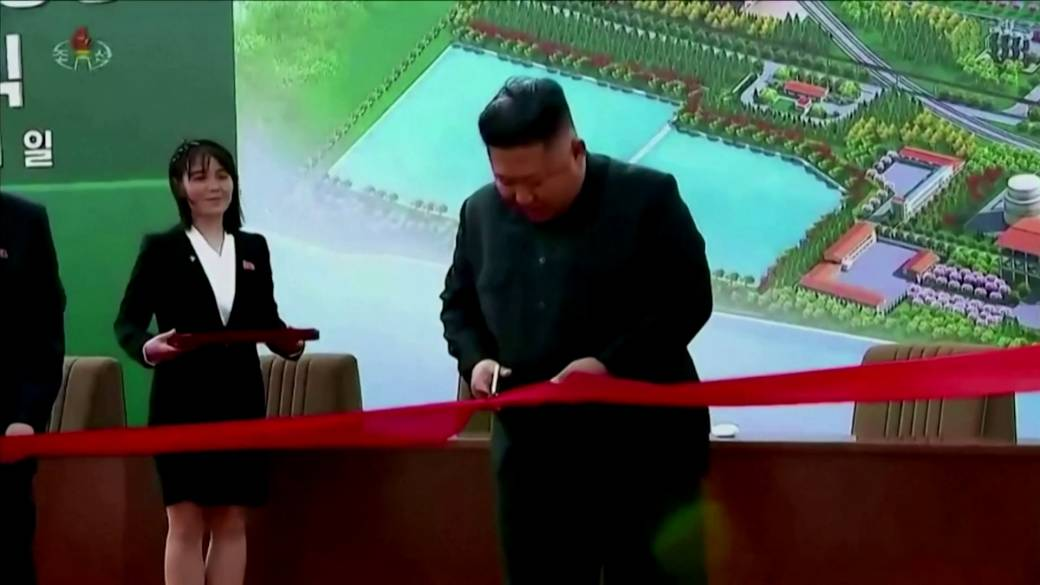 Click to watch the video 'North Korea remains discreet after Kim Jong Un's return in the public eye'