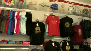 Orange shirts 'flying off the shelves' as Manitobans re-examine Canada Day (00:41)